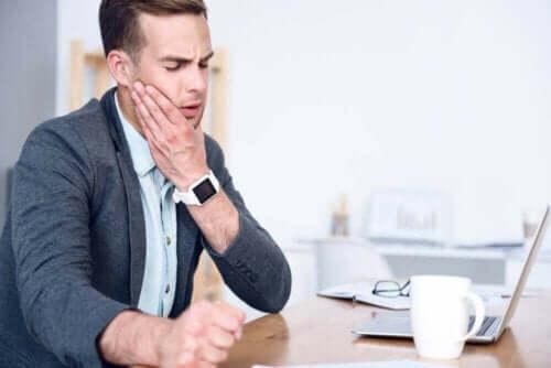 Wat is temporomandibulair gewrichtssyndroom