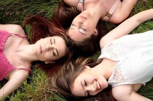 Synchroniseert de menstruatie van vrouwen?