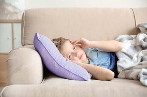 Symptomen en behandeling van migraine bij kinderen