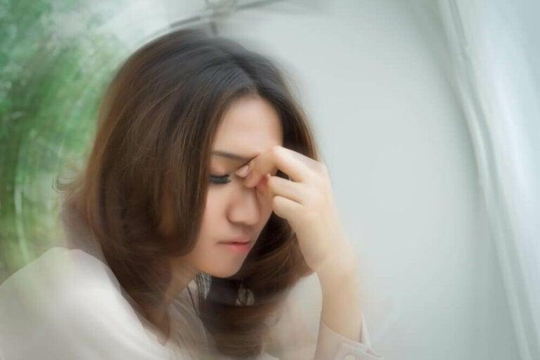 Wat zijn de symptomen van draaiduizeligheid?