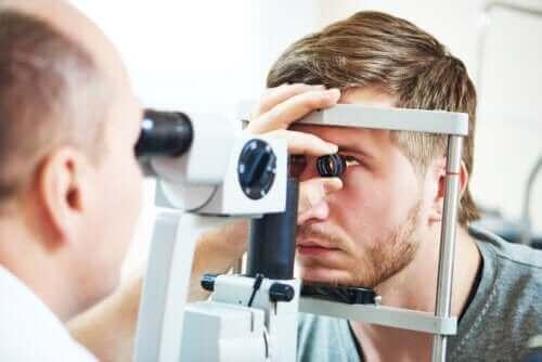 Wat is papillair oedeem of papiloedeem?