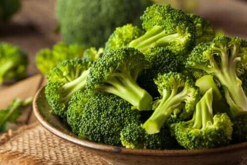 Tips en aanbevelingen om broccoli in te vriezen