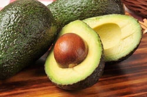 Geen grote hoeveelheden avocado eten