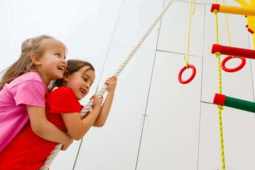 Crossfit-oefeningen voor kinderen: ontdek de voordelen