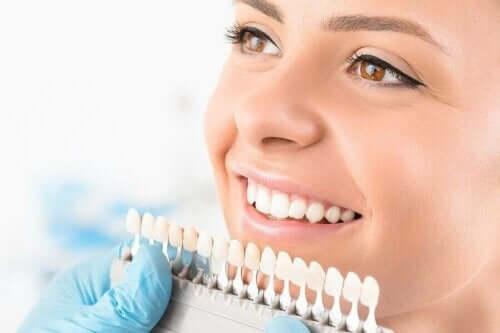 Procedures voor het bleken van tanden