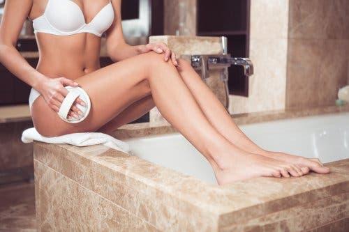 Hoe cellulite te voorkomen en een stevigere huid krijgen