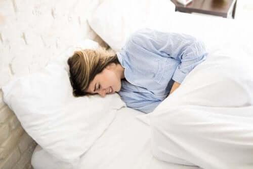 Natuurlijke remedie: gember voor menstruatiekrampen