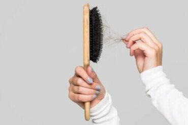 Tips voor het schoonmaken van je haarborstel