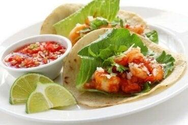 Hoe heerlijke garnalentaco's te bereiden: 3 recepten