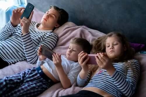 Overmatige blootstelling aan beeldschermen bij kinderen