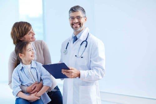 Meisje bij de dokter