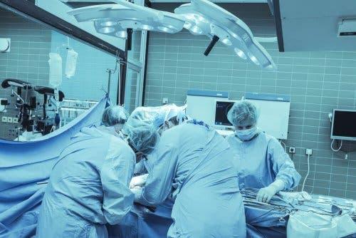 Chirurgische verwijdering van exostosen