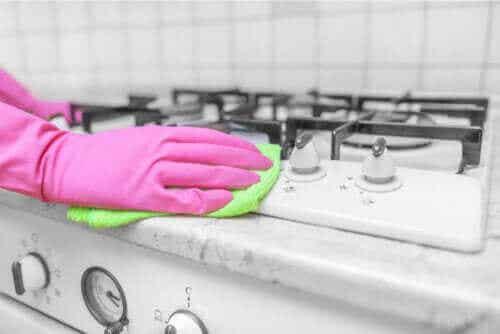 Azijn als schoonmaakmiddel in huis