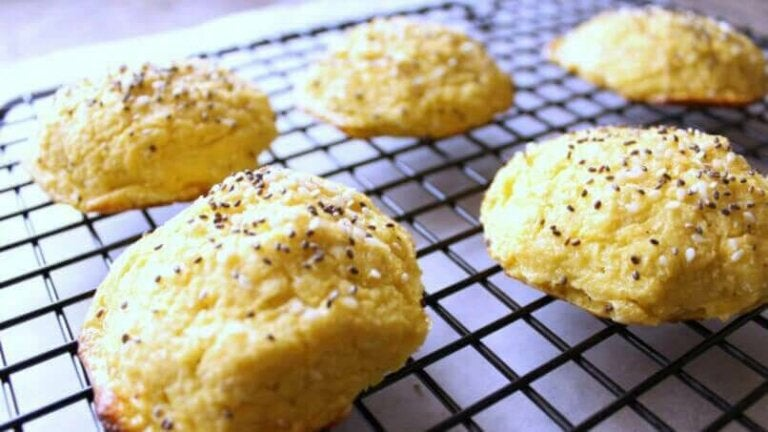 Hoe maak je bloemkoolbrood met knoflook?