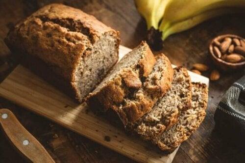 Recept voor bananenbrood met amandelen