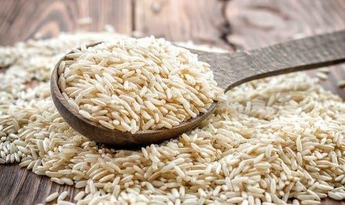 Bruine rijst levert vele vitamines en mineralen