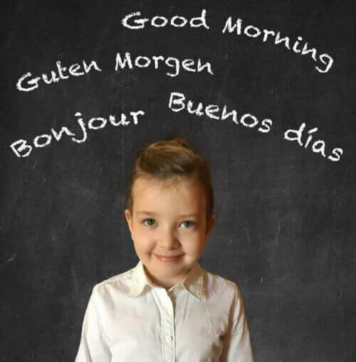 De voordelen van het opvoeden van tweetalige kinderen