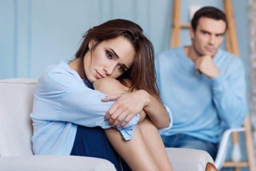 Bij emotionele codependentie voel je je verantwoordelijk voor de gevoelens van een ander