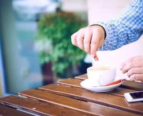 6 natuurlijke zoetstoffen om je suikerinname te beperken