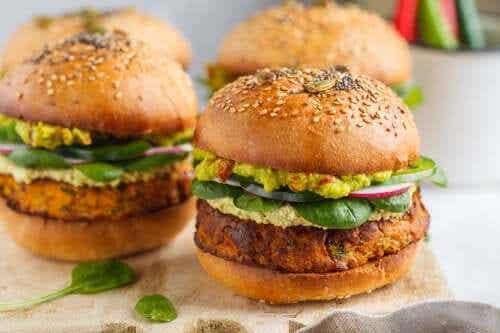 2 manieren om heerlijke vegetarische burgers te maken
