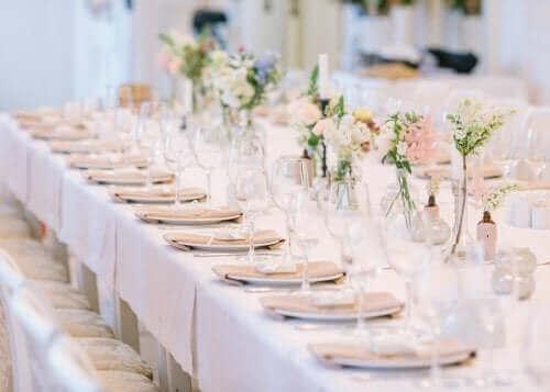 Tafelzetting bij een bruiloft