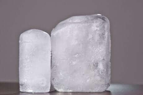 Semi-transparante aluinstenen