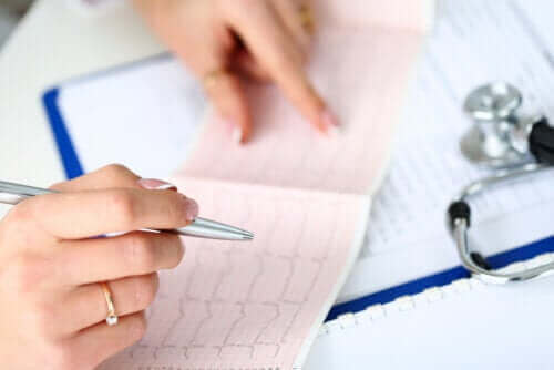 Symptomen van een bundeltakblok en behandelingen