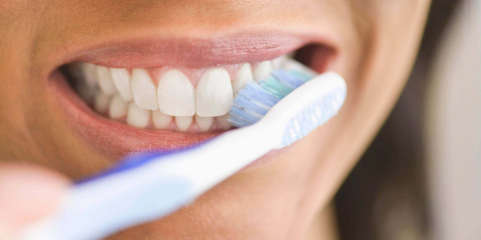 Vier manieren om tandsteen te voorkomen