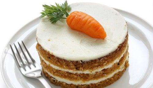 2 heerlijke en gemakkelijke recepten voor worteltaart
