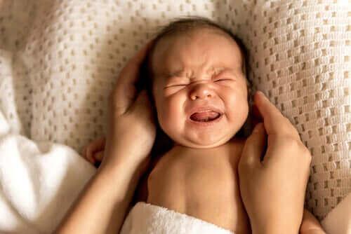 Baby die huilt