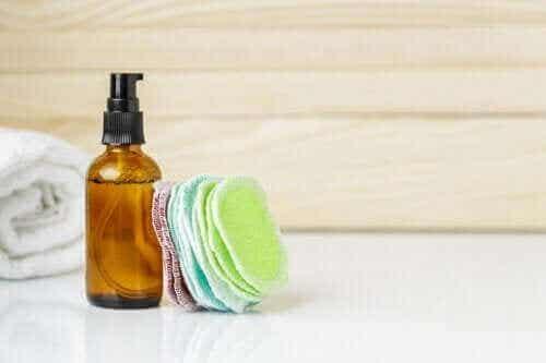 Maak zelf herbruikbare make-up remover pads