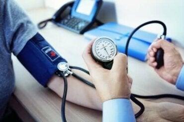 Manidipine als behandeling voor hoge bloeddruk