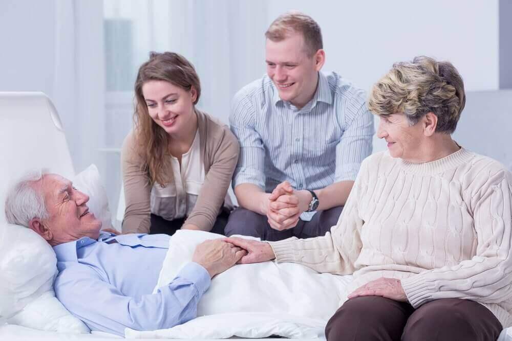 Alzheimerpatiënt met zijn familie