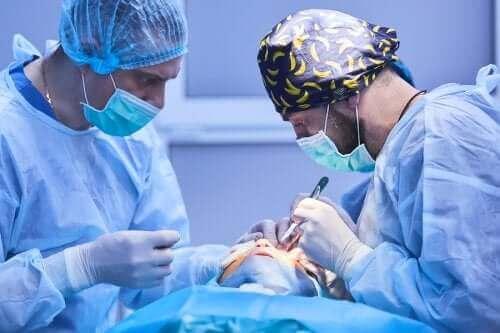 Een staaroperatie: hoe gaat dit in zijn werk?