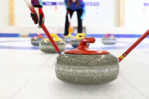Alles over curling, een wintersport