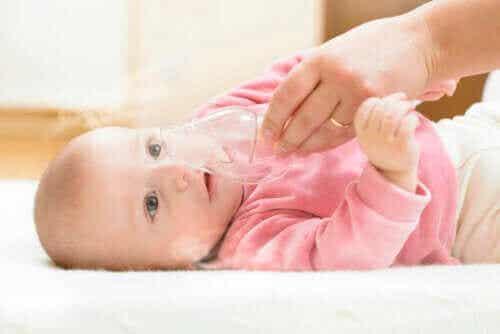 Bronchiolitis: oorzaken, symptomen en behandeling
