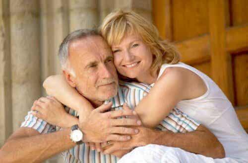 Man en vrouw van middelbare leeftijd