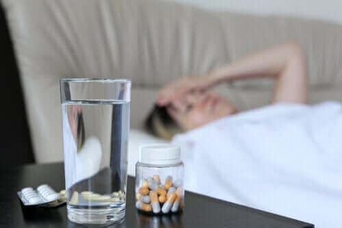 Waarom een aantal medicijnen hoofdpijn veroorzaken