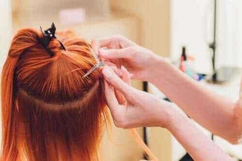 Is het gevaarlijk om haarextensies te dragen?