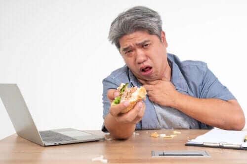 Hoe gaat het eten bij dysfagie of een slikstoornis?
