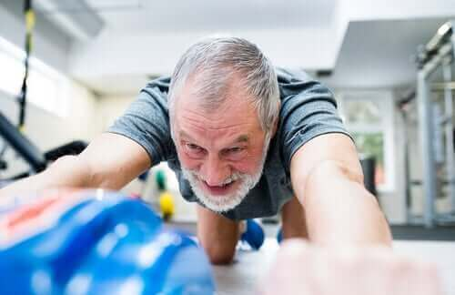Sporten helpt de bloeddruk onder controle te houden