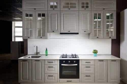 Keuken in licht grijs