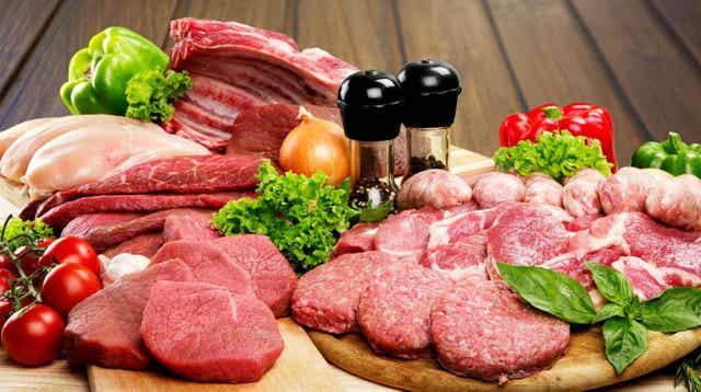 Snijplank met vlees