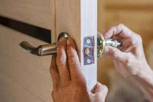 Hoe vervang je een deurknop? Lees onze tips!