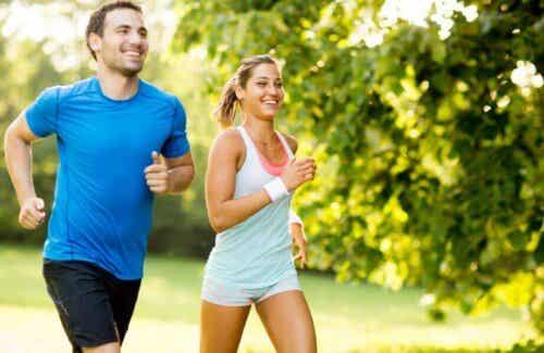 Lichaamsbeweging en contact met de natuur zorgt ook voor geluk