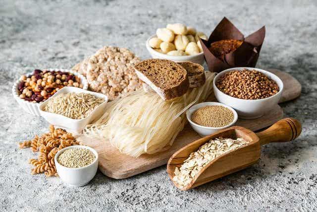 Check welke voedingsmiddelen de symptomen uitlokken, zodat deze kunnen worden vermeden.